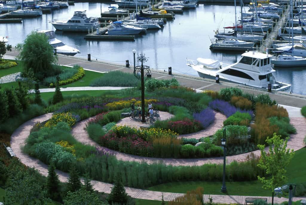 JMMDS, The Toronto Music Garden, Courante garden, photo by Virginia Weiler