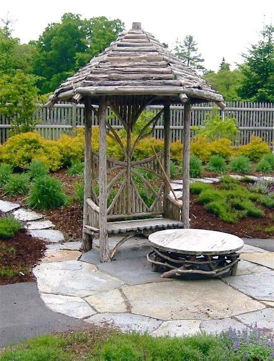 JMMDS Weezies Garden resting hut by Romancing the Woods