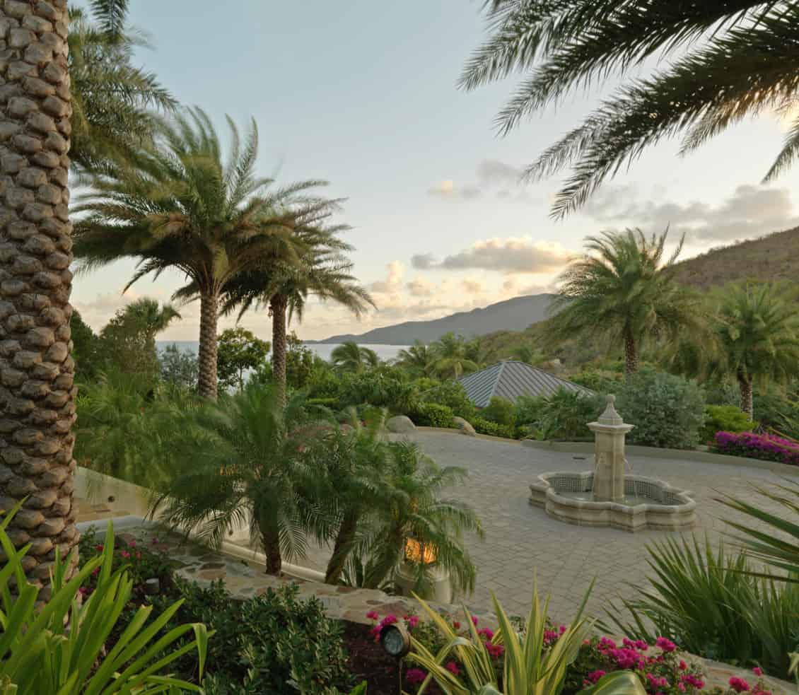 JMMDS_British-Virgin-Islands-landscape_drive-courtyard_fountain