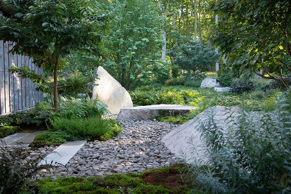 JMMDS-landscape-architecture-maine-coast-boulder-riverstones-juniper-moss-Japanese-Maple-Katsura