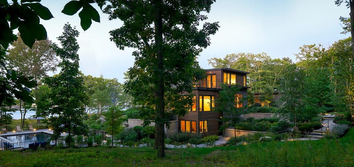 JMMDS-landscape-architecture-maine-coast-modern-home-lighting-granite-stairs-pool-overview-wide